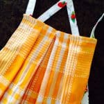 Quick Donn Apron from Tea Towel – Tutorial