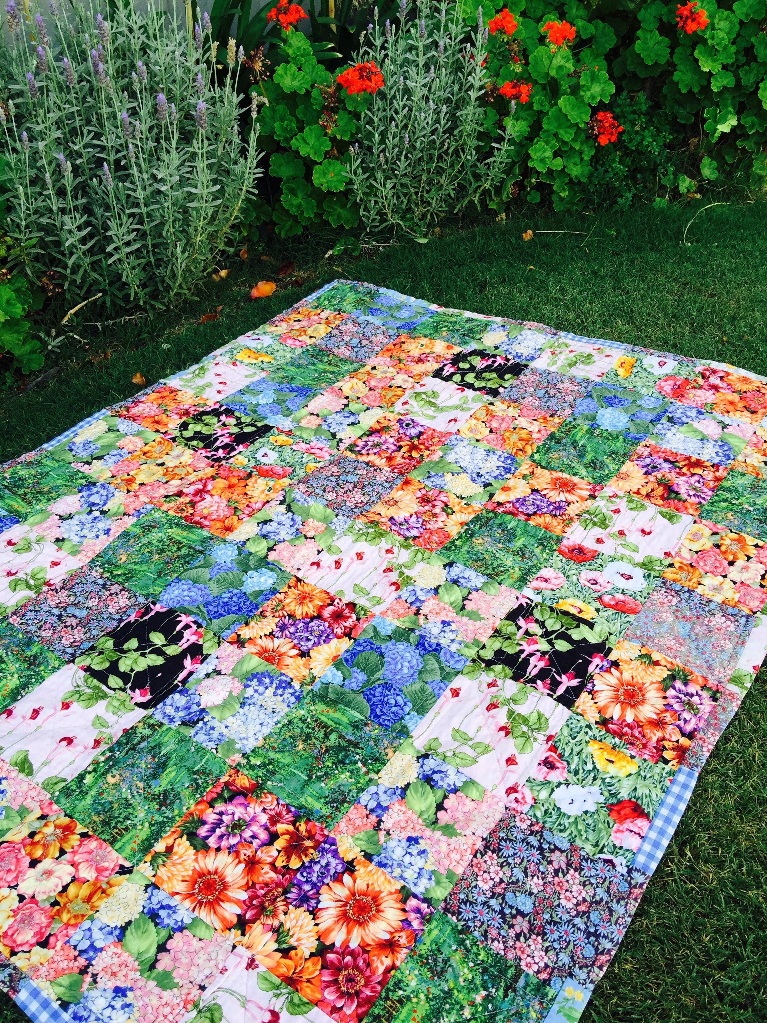 Susie S Garden Lap Quilt Free Pattern Susies