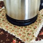 Kettle Quiltlet and Tutorial
