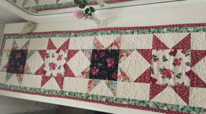 Christmas Stars Table Runner and Pattern