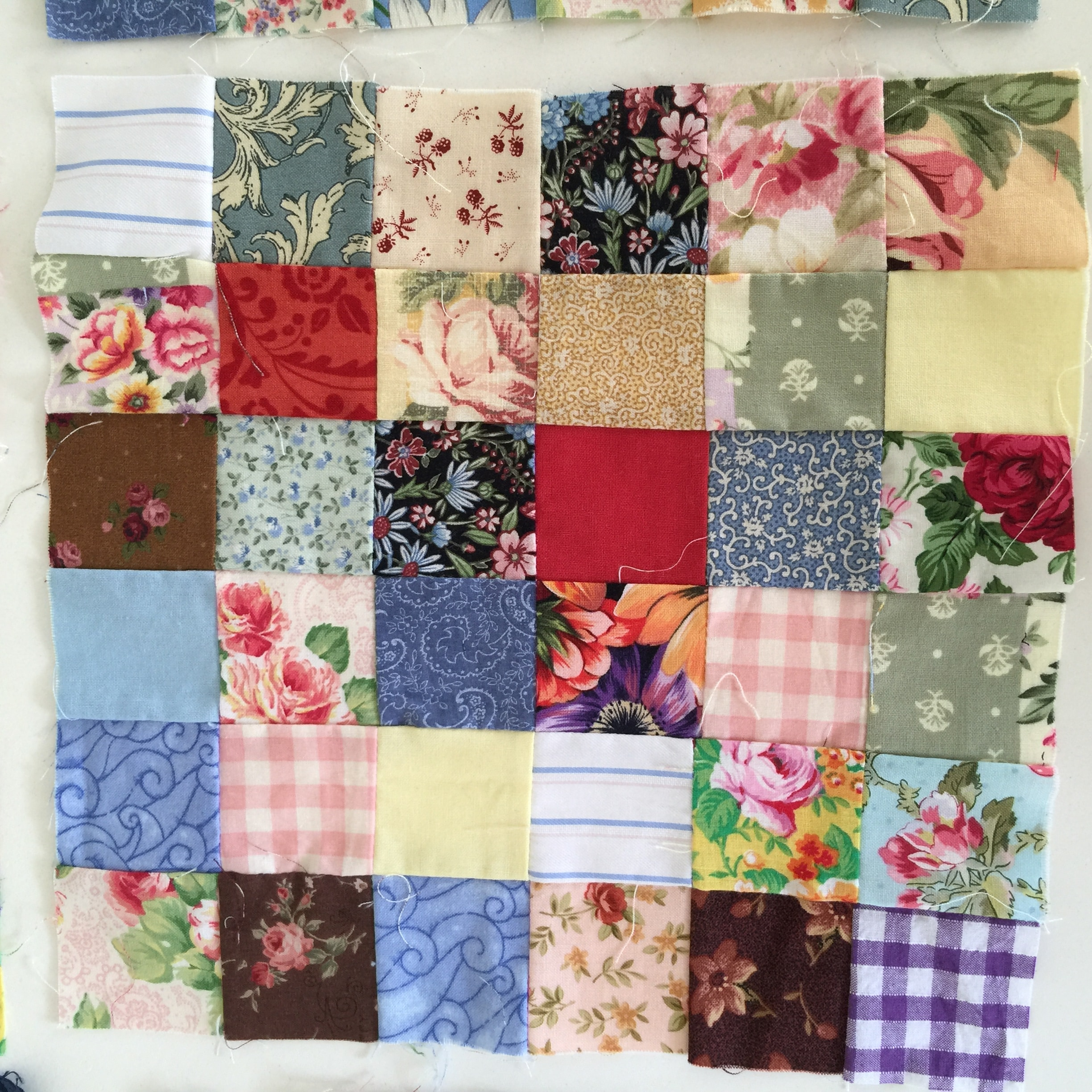 This Block Uses All Fabrics If You Were Ever Scared To Try A Scrap Quilt Or Blocks Can Do With Confidence Put In The Small Seemly