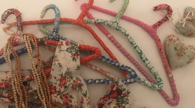 End of Day Quilters Clothes Hangers Tutorial