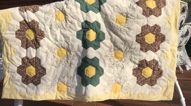 Vintage Flower Garden Cot Quilt